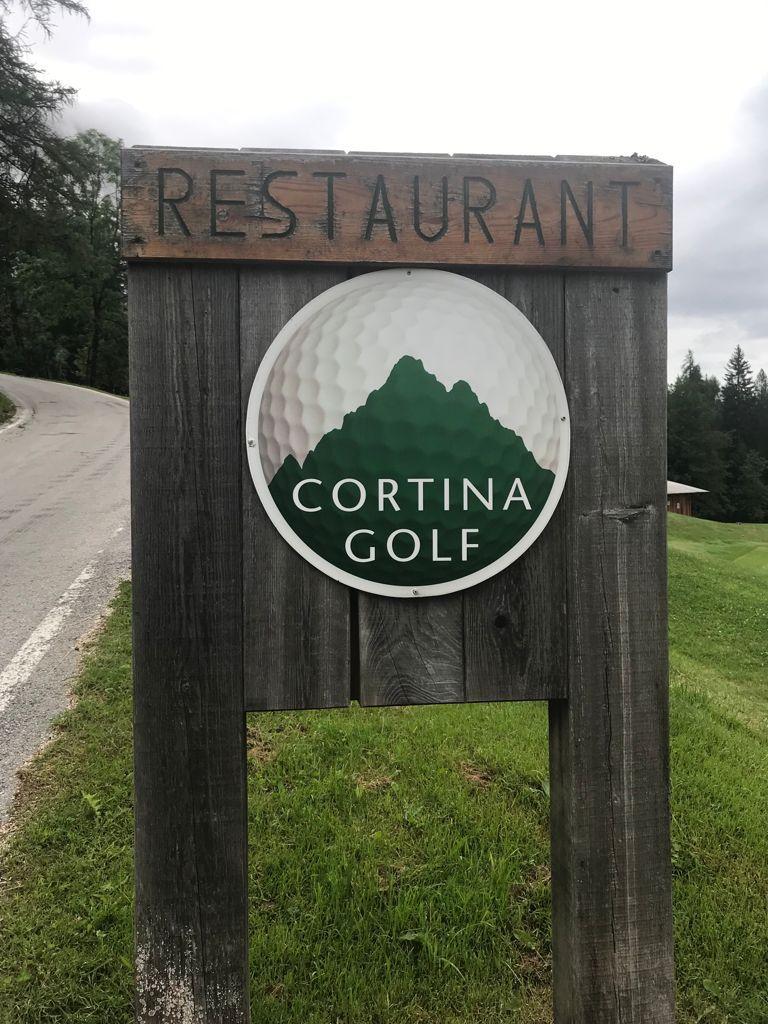 insegna Golf Cortina